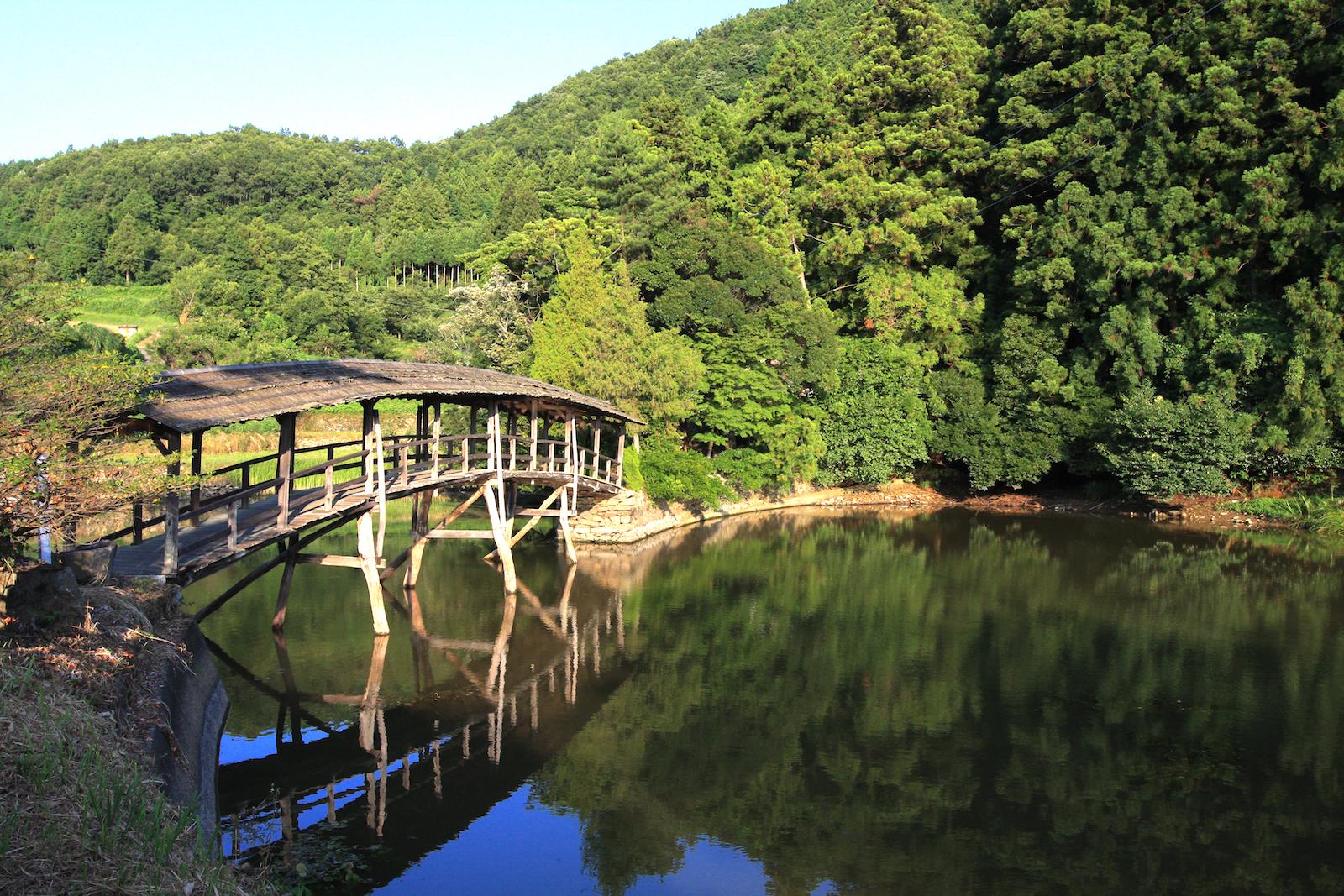 弓削神社太鼓橋