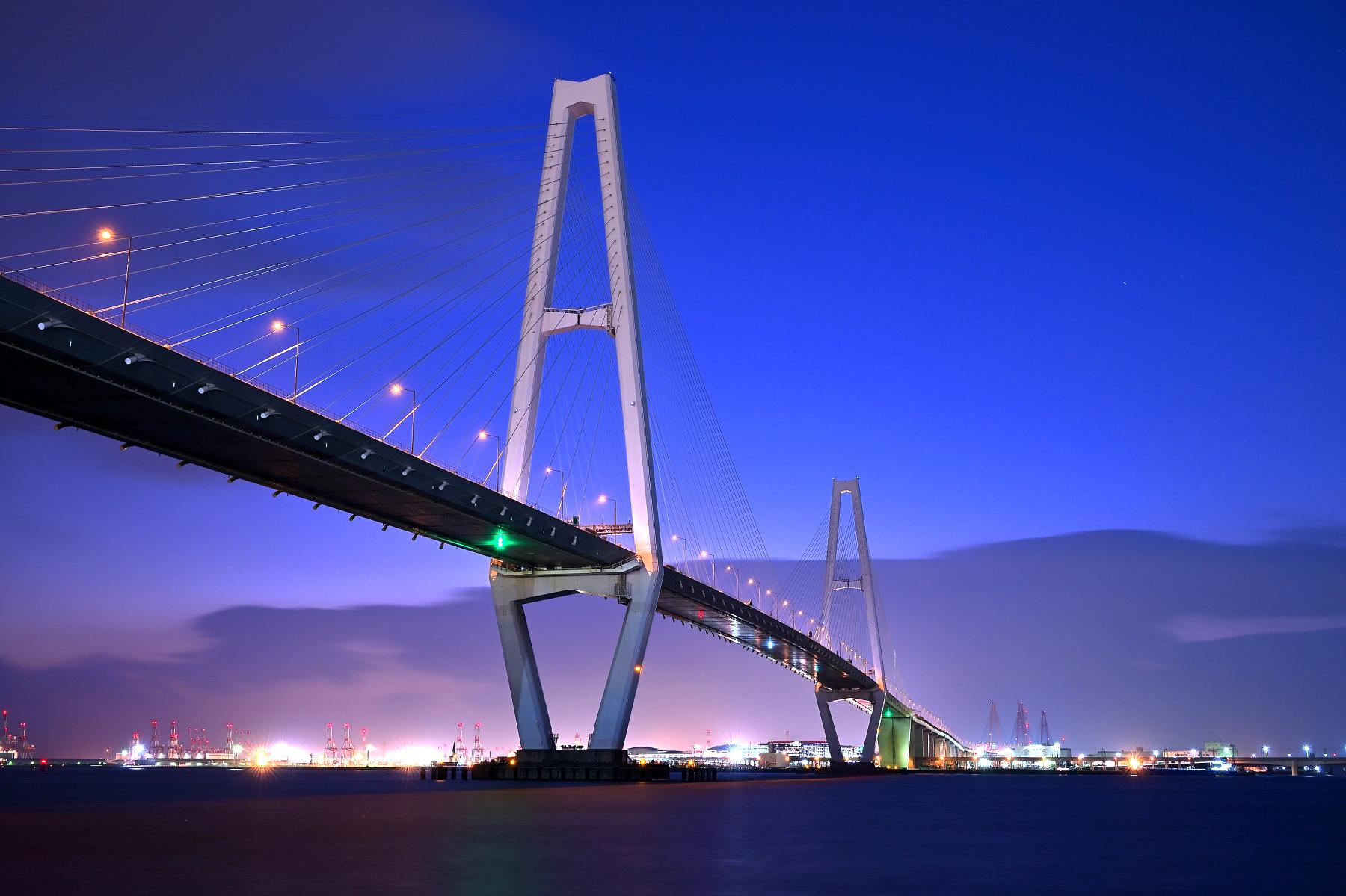 名港トリトン・名港中央大橋
