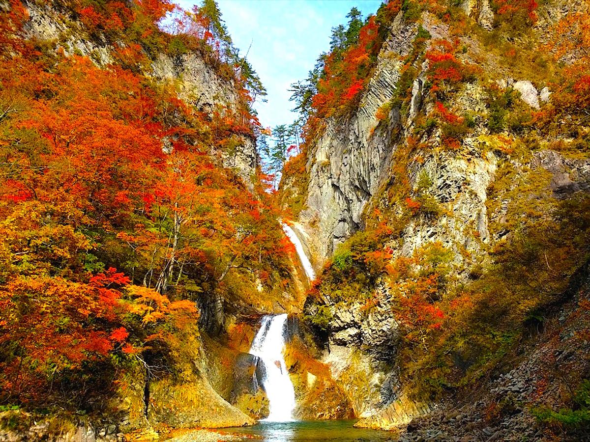 松見の滝 | ニッポン旅マガジン