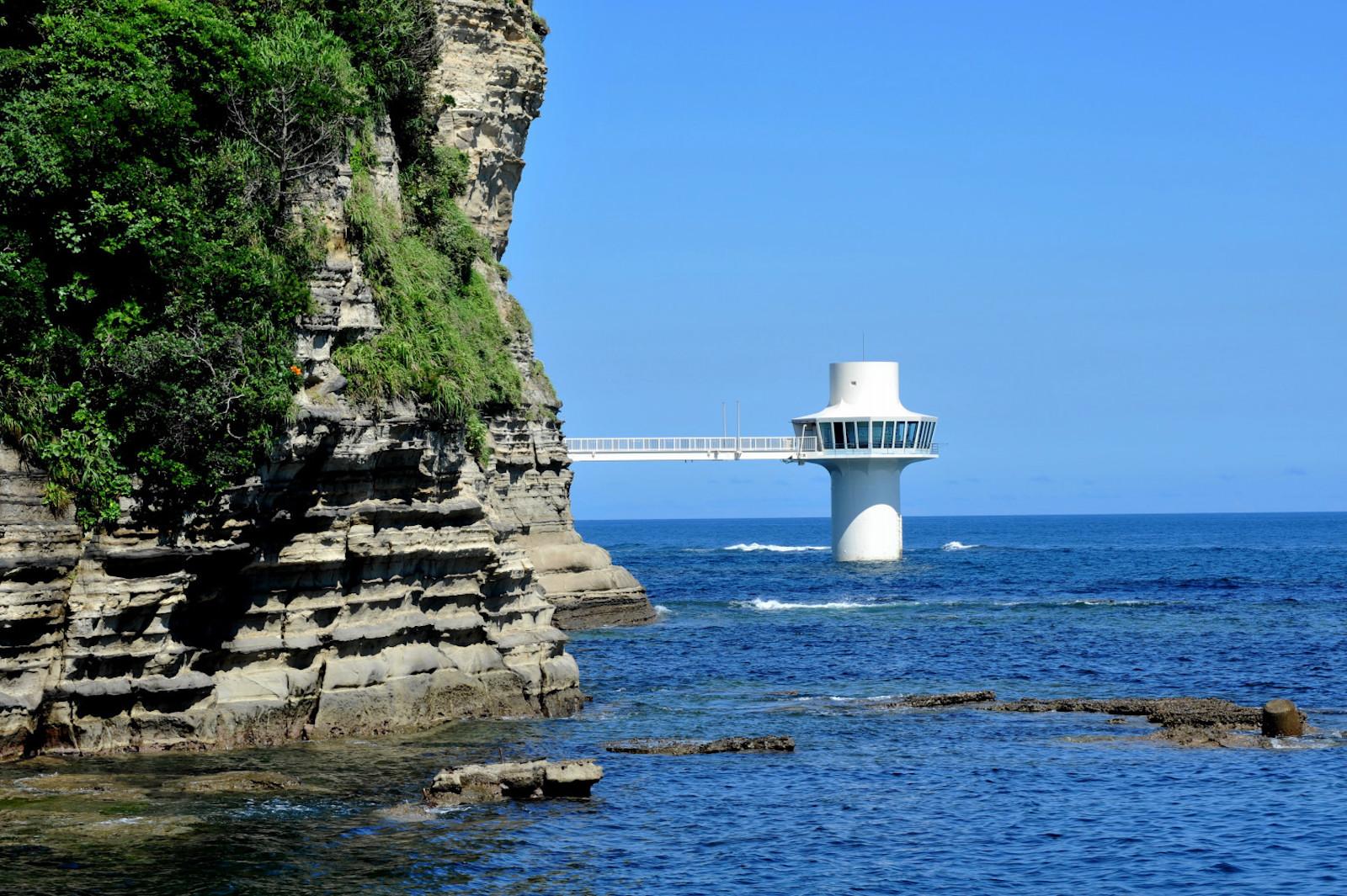 かつうら海中公園海中展望塔