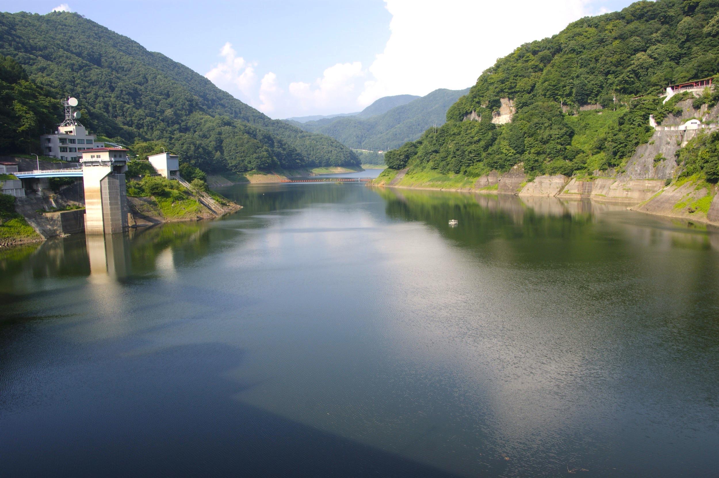 藤原湖(藤原ダム)
