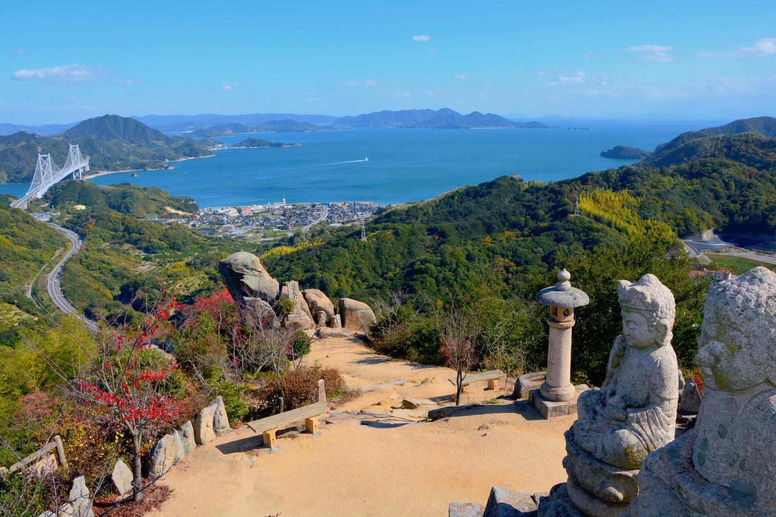 白滝山(五百羅漢石仏)