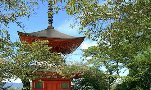 厳島神社・多宝塔