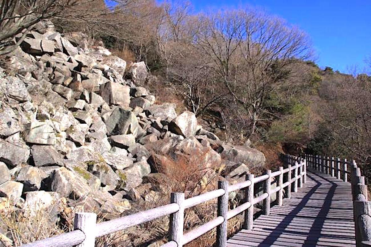 野呂山の岩海(岩海遊歩道)