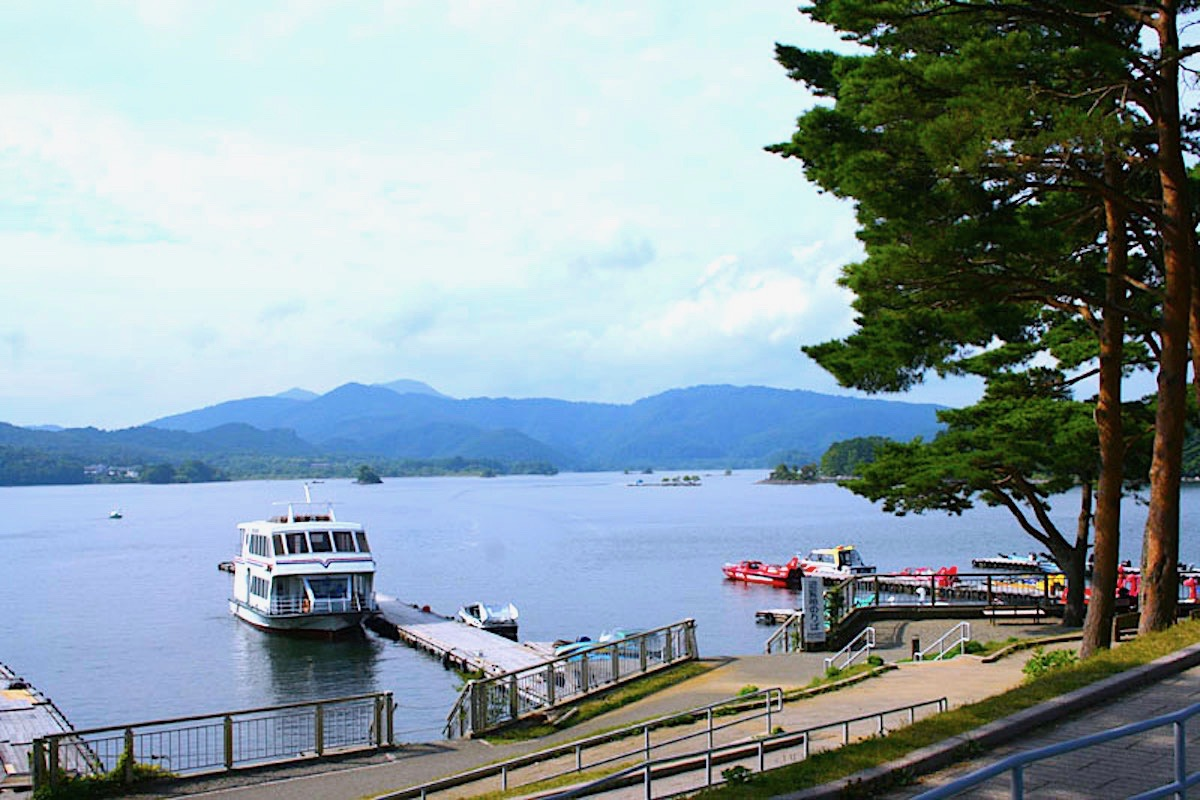 桧原湖遊覧船(磐梯観光船)