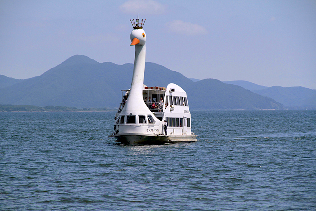 猪苗代湖遊覧船(磐梯観光船)