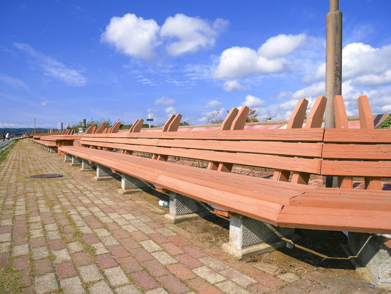 世界一長いベンチ(サンセットヒルイン増穂)