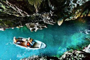 青の洞窟(さっぱ船遊覧)