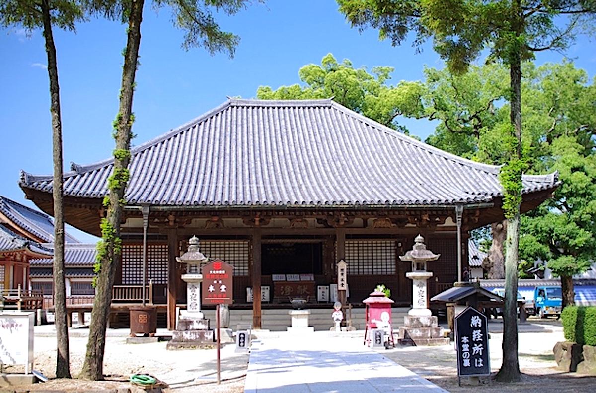 本山寺・本堂