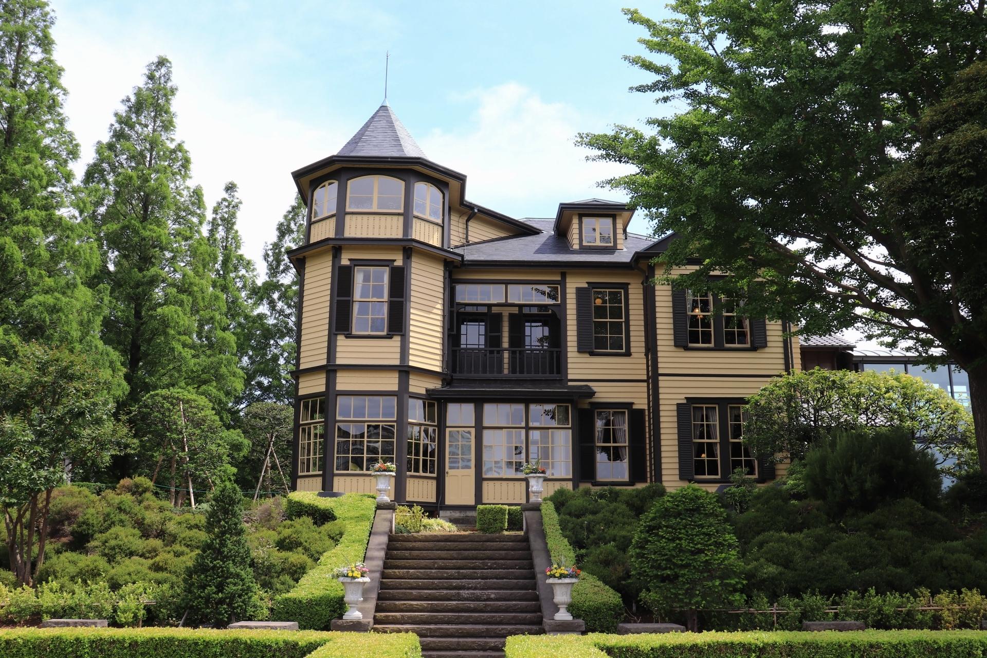 外交官の家