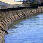 潮吹き防波堤(旧港北防波堤)