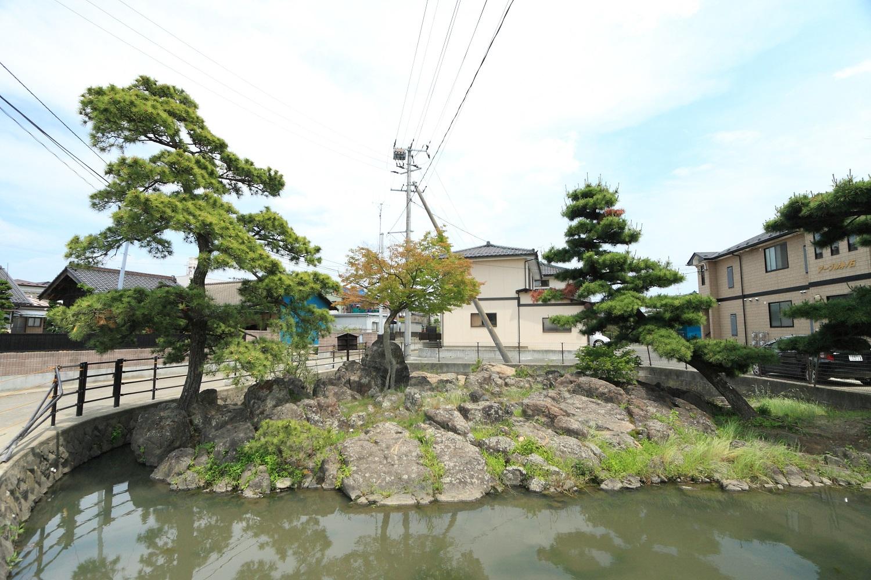 興井(沖の石)