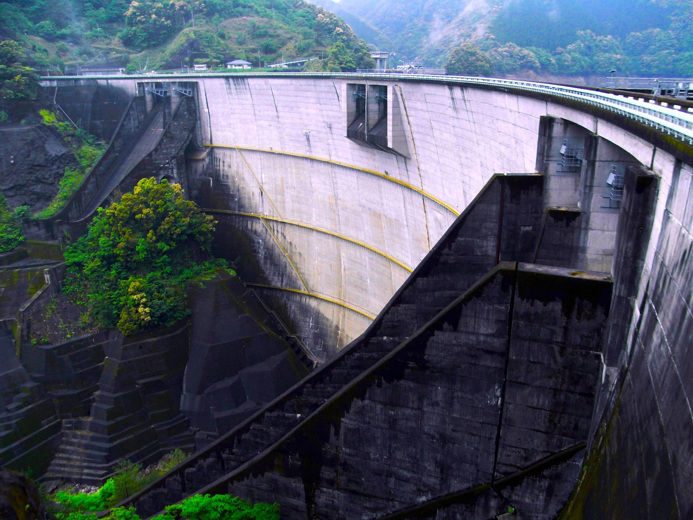 一ツ瀬ダム(米良湖)