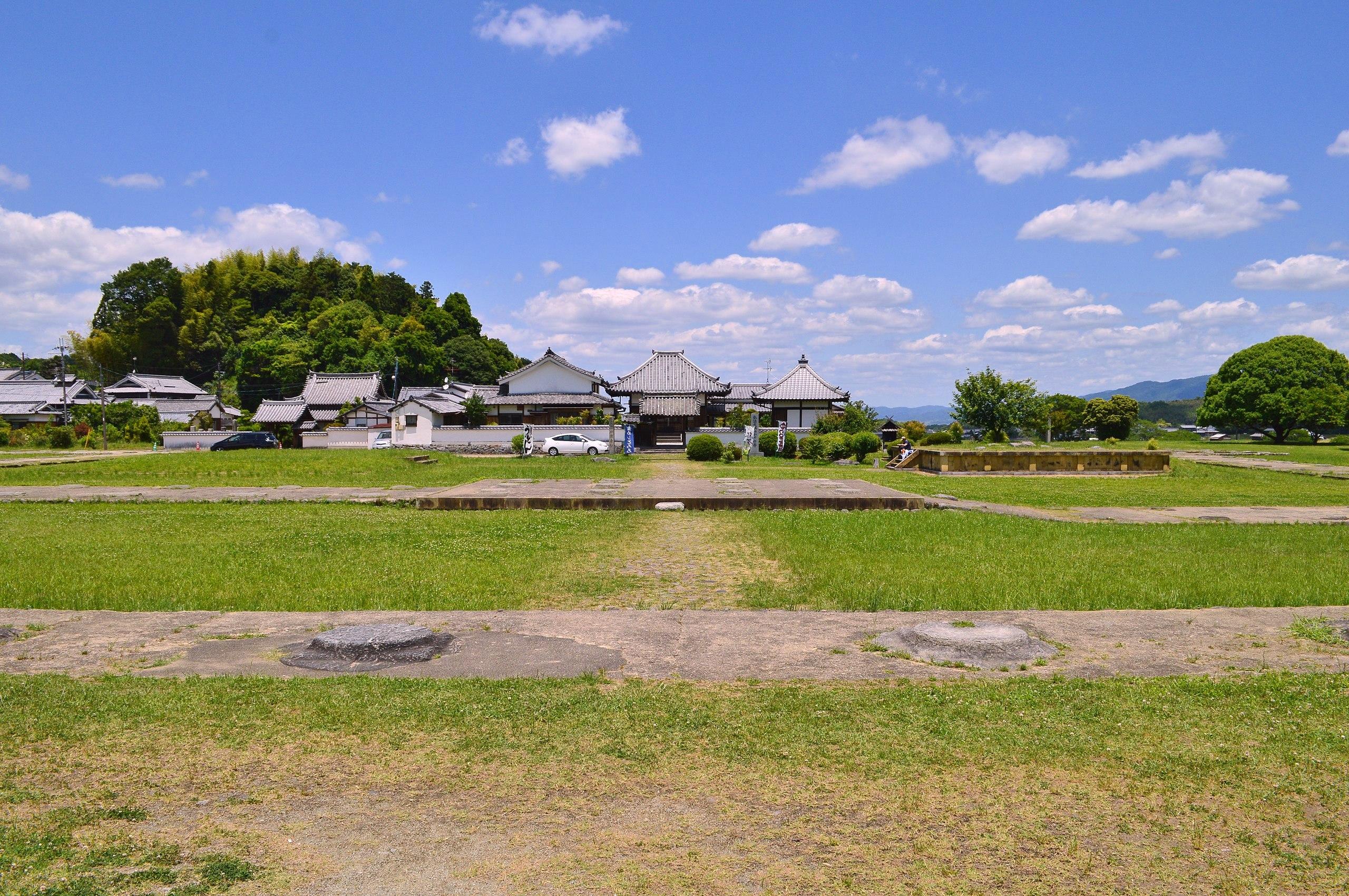 飛鳥川原宮跡
