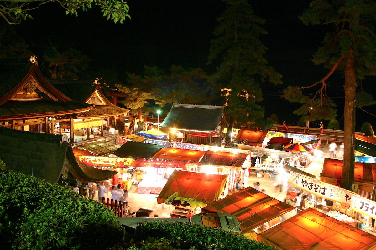 白鬚神社秋季大祭(なるこまいり