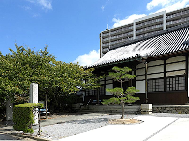 徳勝寺(浅井三代の墓)
