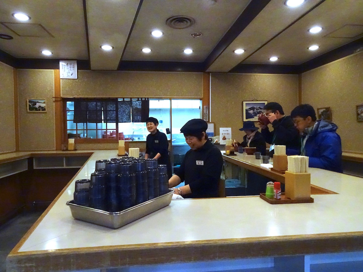 日本最高所の「駅そば」
