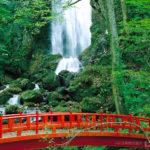 桜松神社・不動の滝