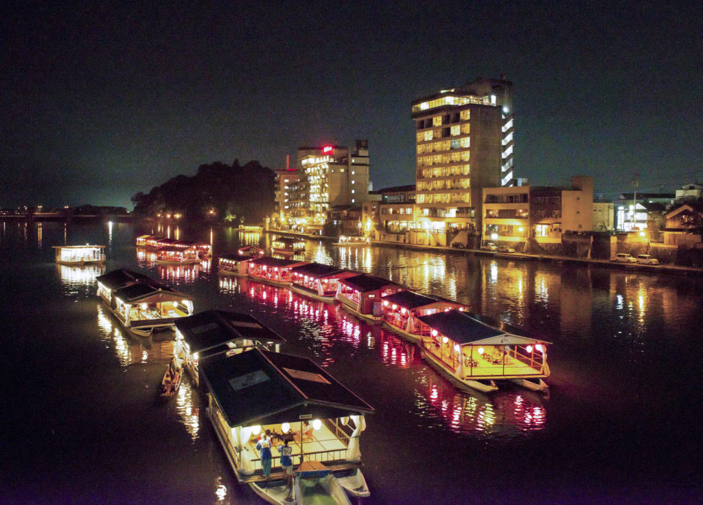 三隈川の鵜飼(日田温泉)