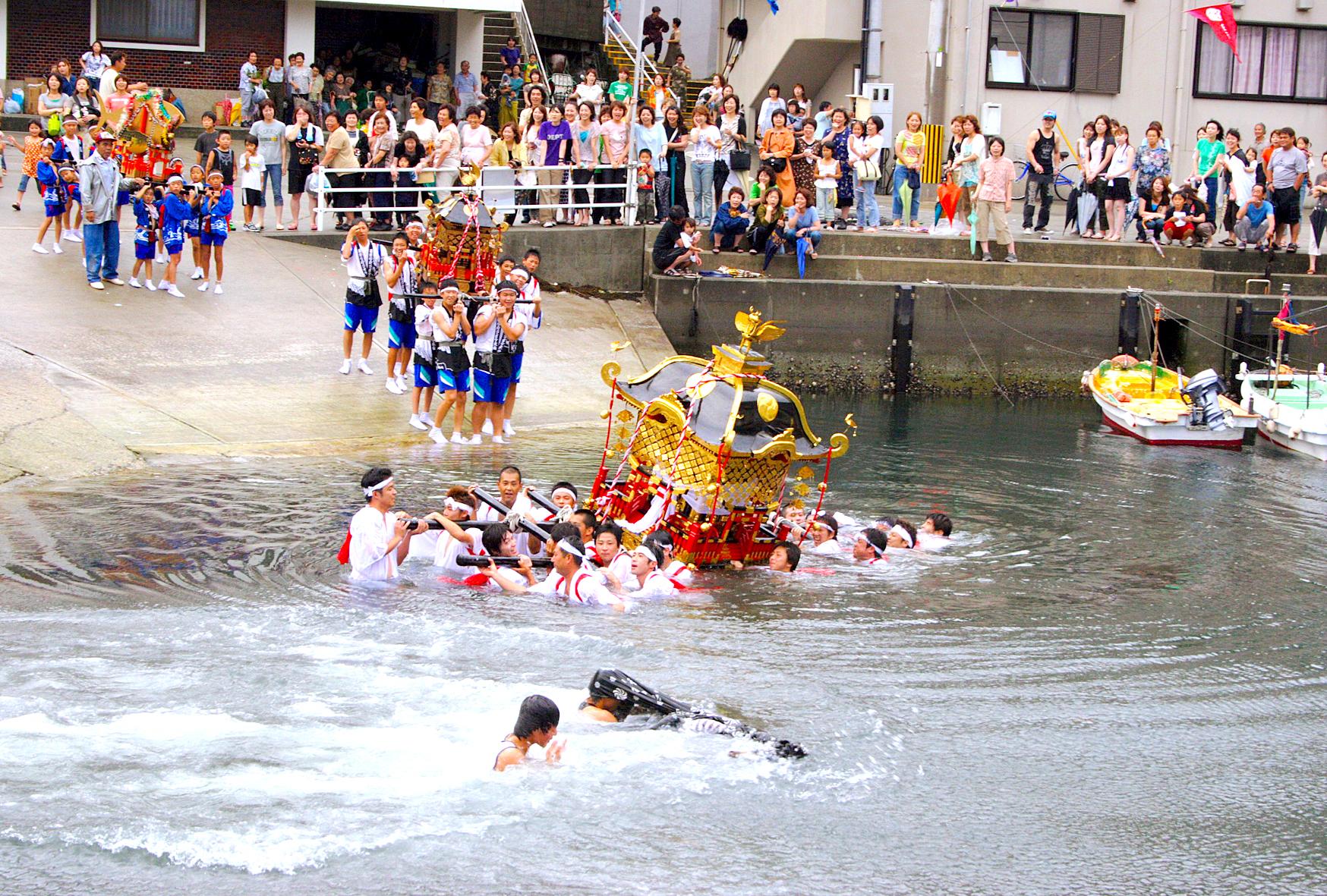 保戸島夏祭り