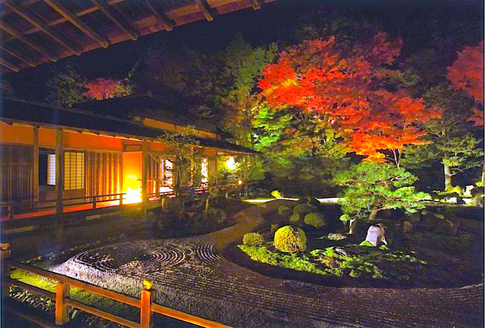 曼殊院『秋の夜間特別拝観』