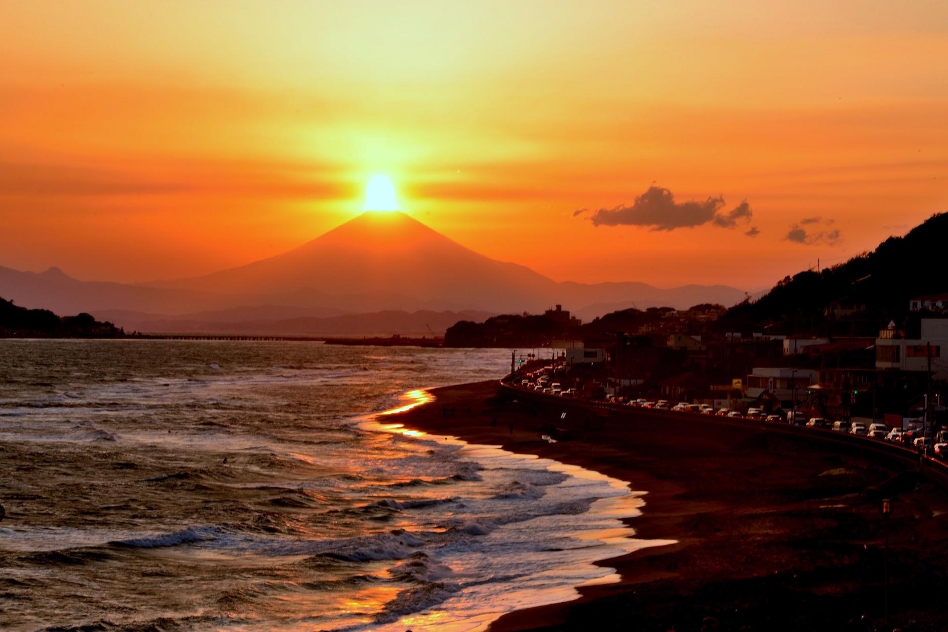 七里ヶ浜・ダイヤモンド富士