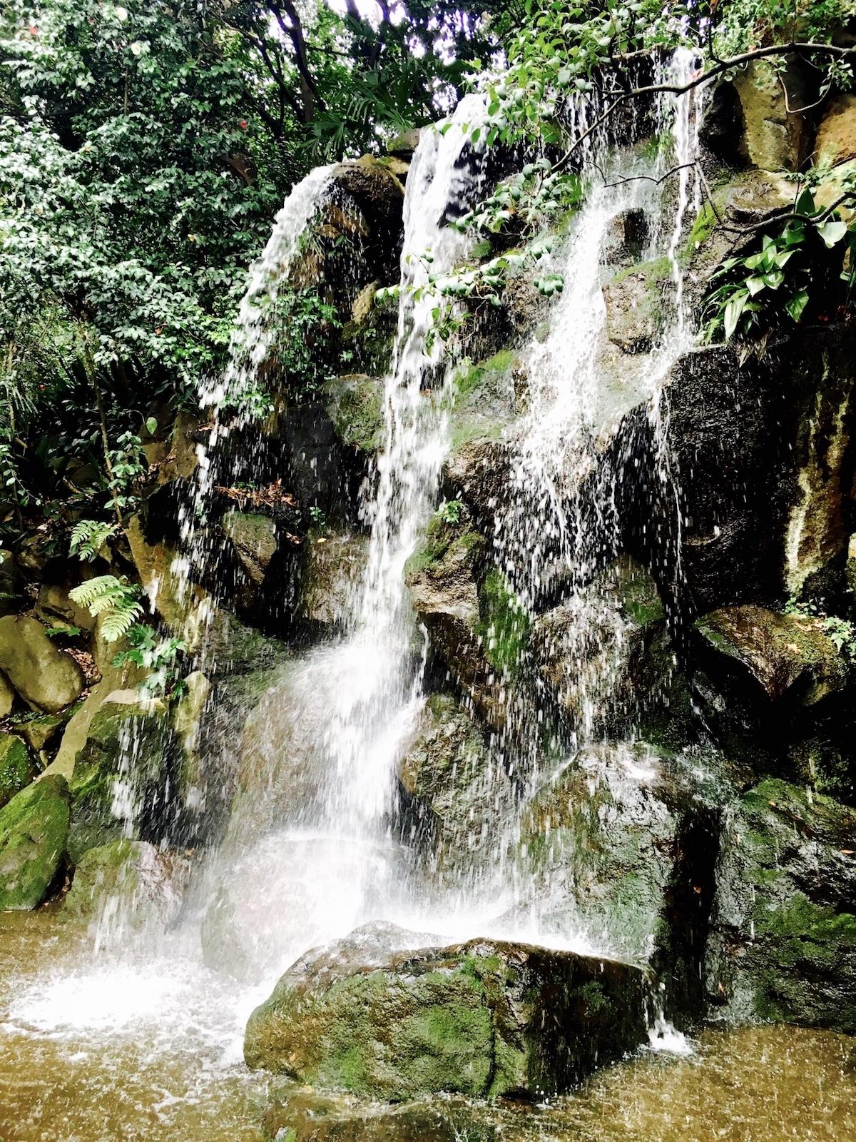 名主の滝(男滝)