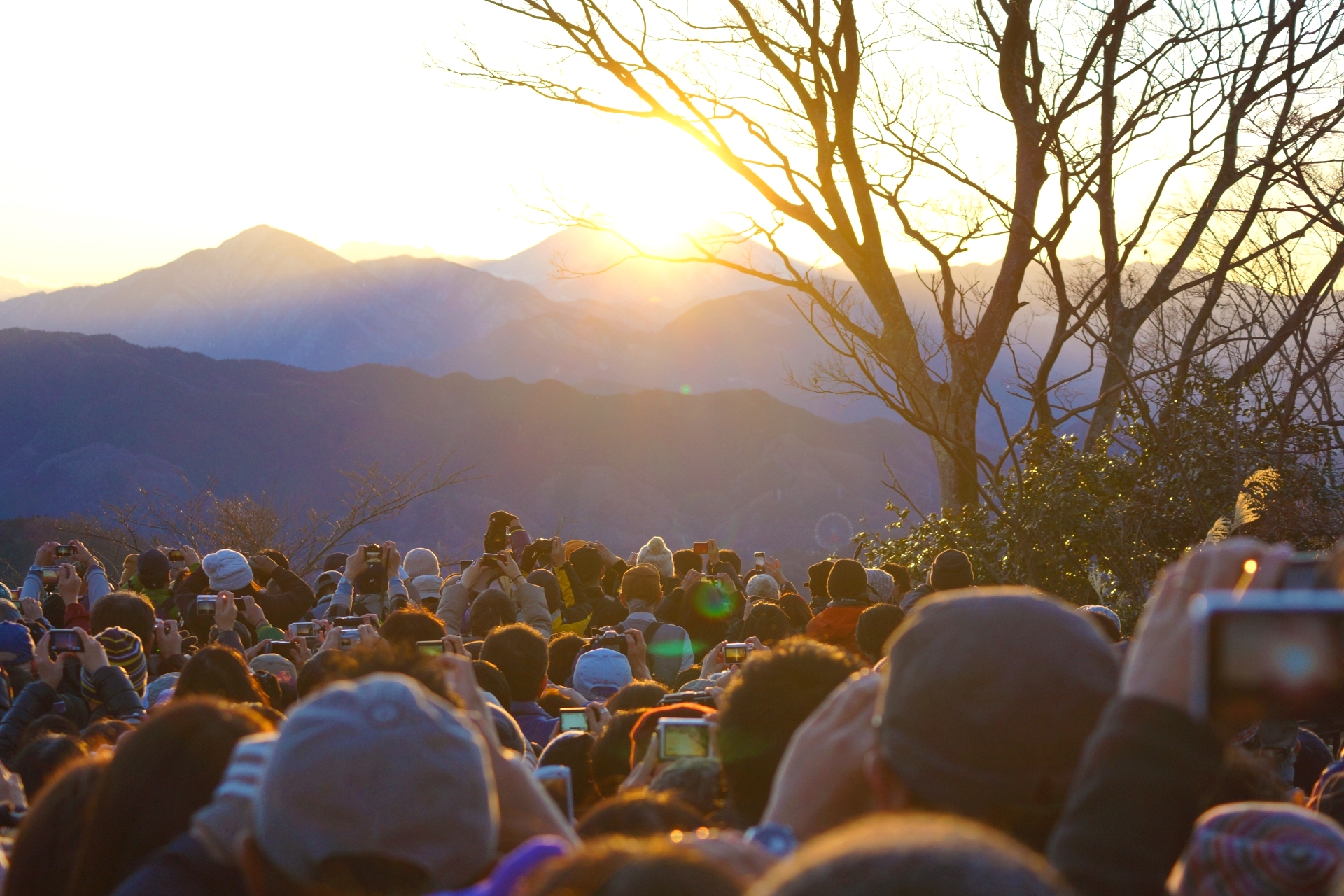 高尾山『ダイヤモンド富士』
