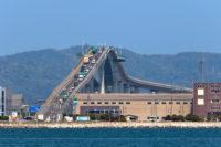 江島大橋(ベタ踏み坂)